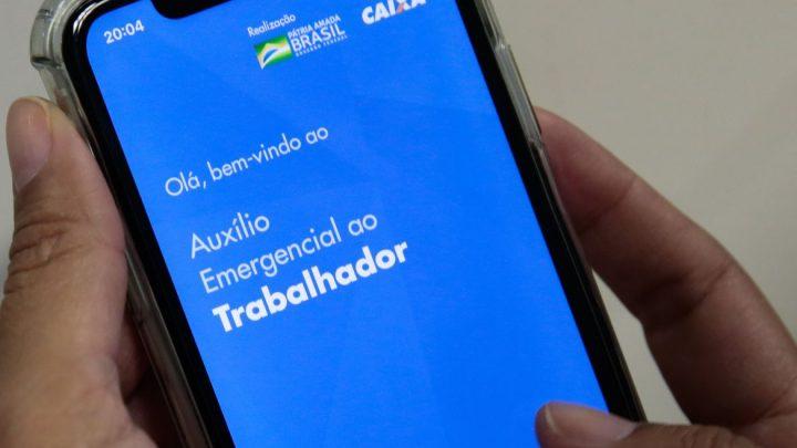Cerca de 2 milhões de pessoas sem conta ainda não resgataram auxílio emergencial de R$ 600